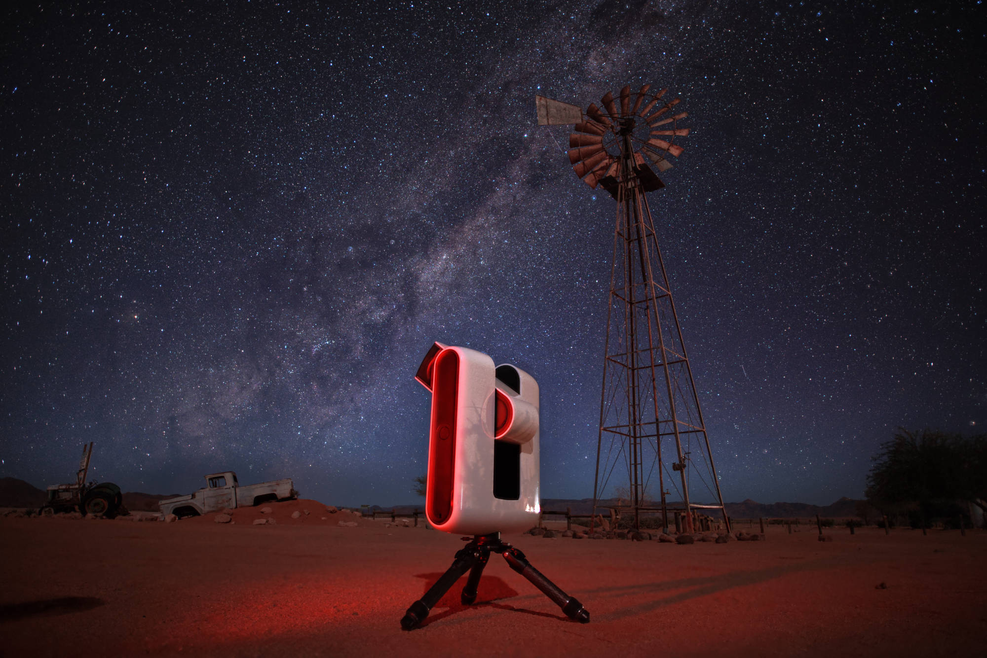 Observation with Stellina from Namibia, one of the best skies on the planet.